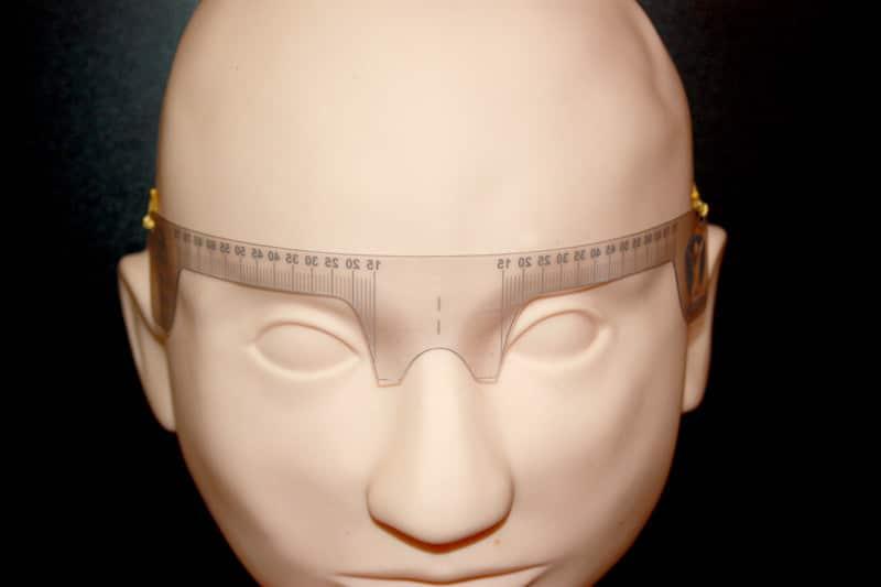 Augenbrauenabstandsmesser